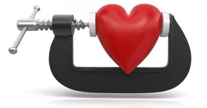 Figura 1. Es estrés es un factor de riesgo que puede desencadenar enfermedades y ataques de corazón.